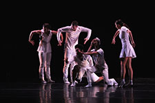 Five USF dance students perform at the Fall Dance Concert series in November 2017