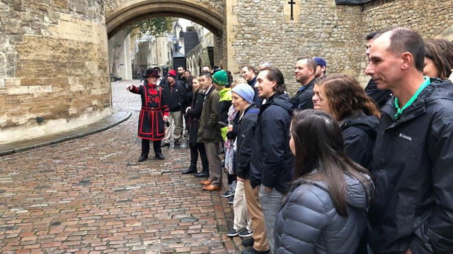 Sport and Entertainment Management Students Soak Up Business Culture and Historic British Tradition During Six-Day Trip