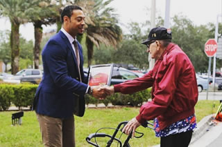 Vincent Jackson shaking hands with veteran