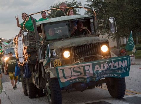 USF Alumni float during Homecoming Parade