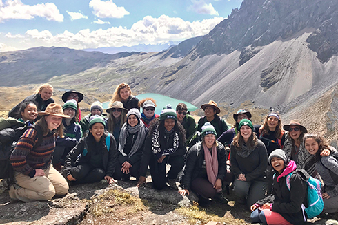 Honors students travel to Peru to participate in a service project as well as various cultural activities. Photo by Tyelyn Brigino.
