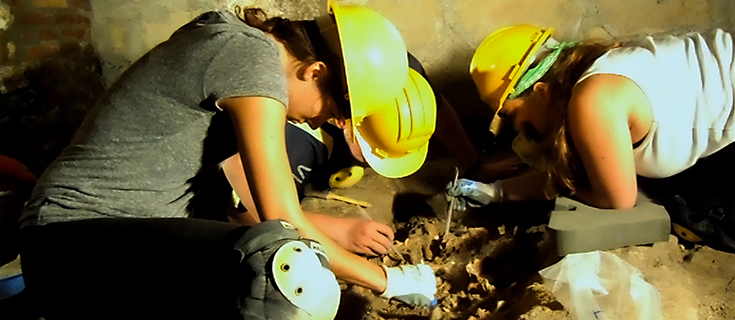 Researchers working to excavate remains from a Roman cemetery in Syracuse, Sicily.