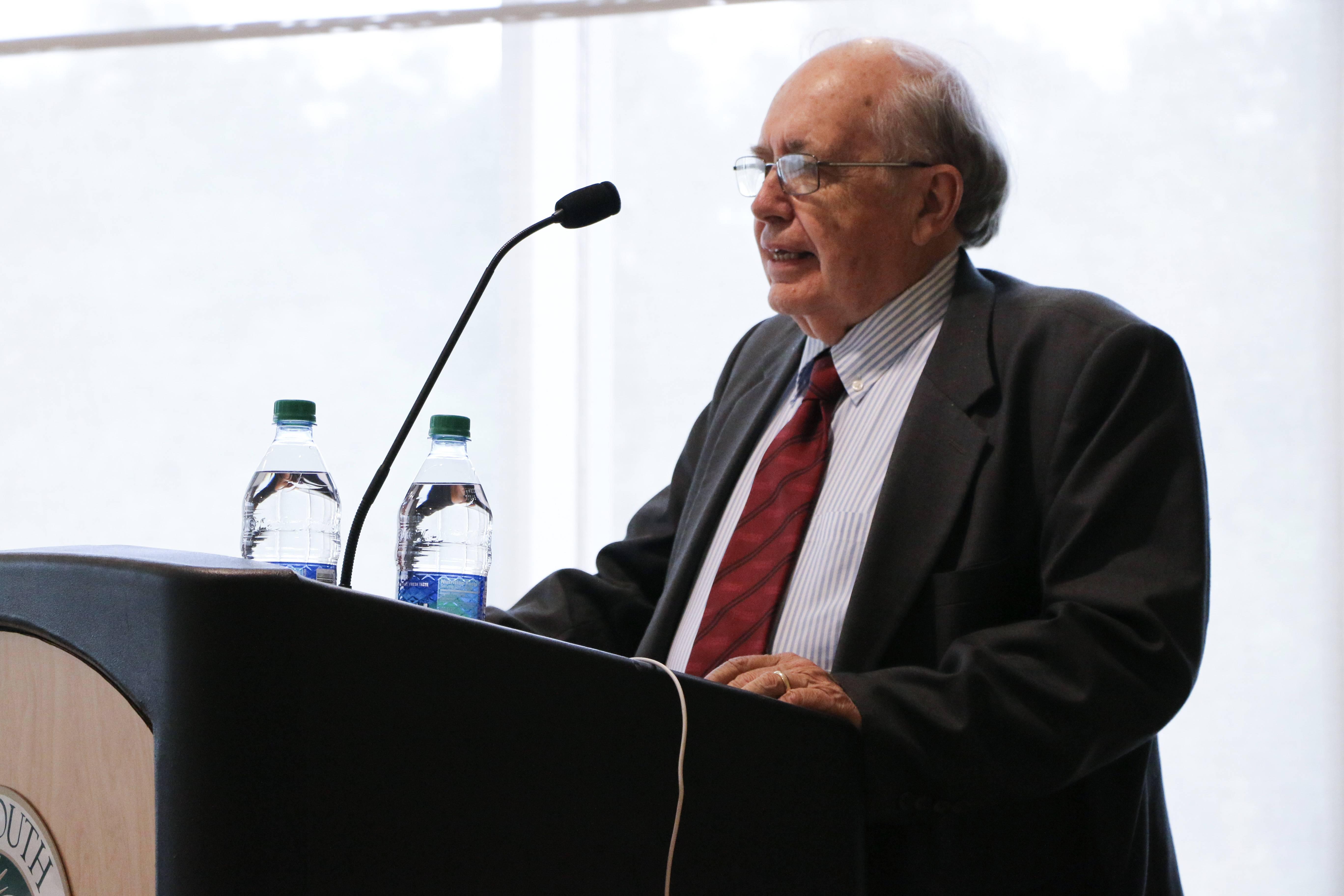 Hoyt Purvis Speaks at USF Fulbright Day 2019 image