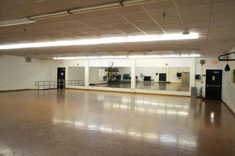 room 005 fitness room venue reservation rental space usf campus rec recreation