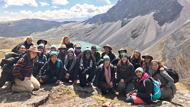 USF Students in Peru