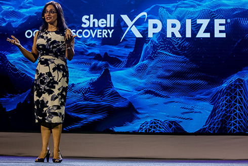 Dr. Jyotika Virmani presenting about the XPRIZE at Visioneering, 2016