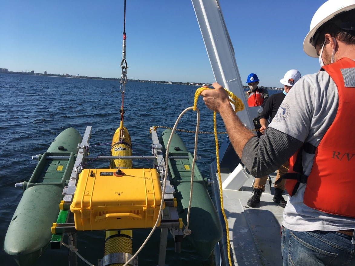 After the calibration float was retrieved by its tether, the FIO crew hoisted it aboard and prepared for our return to Bayboro Harbor.